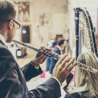 Arpa classia e flauto traverso