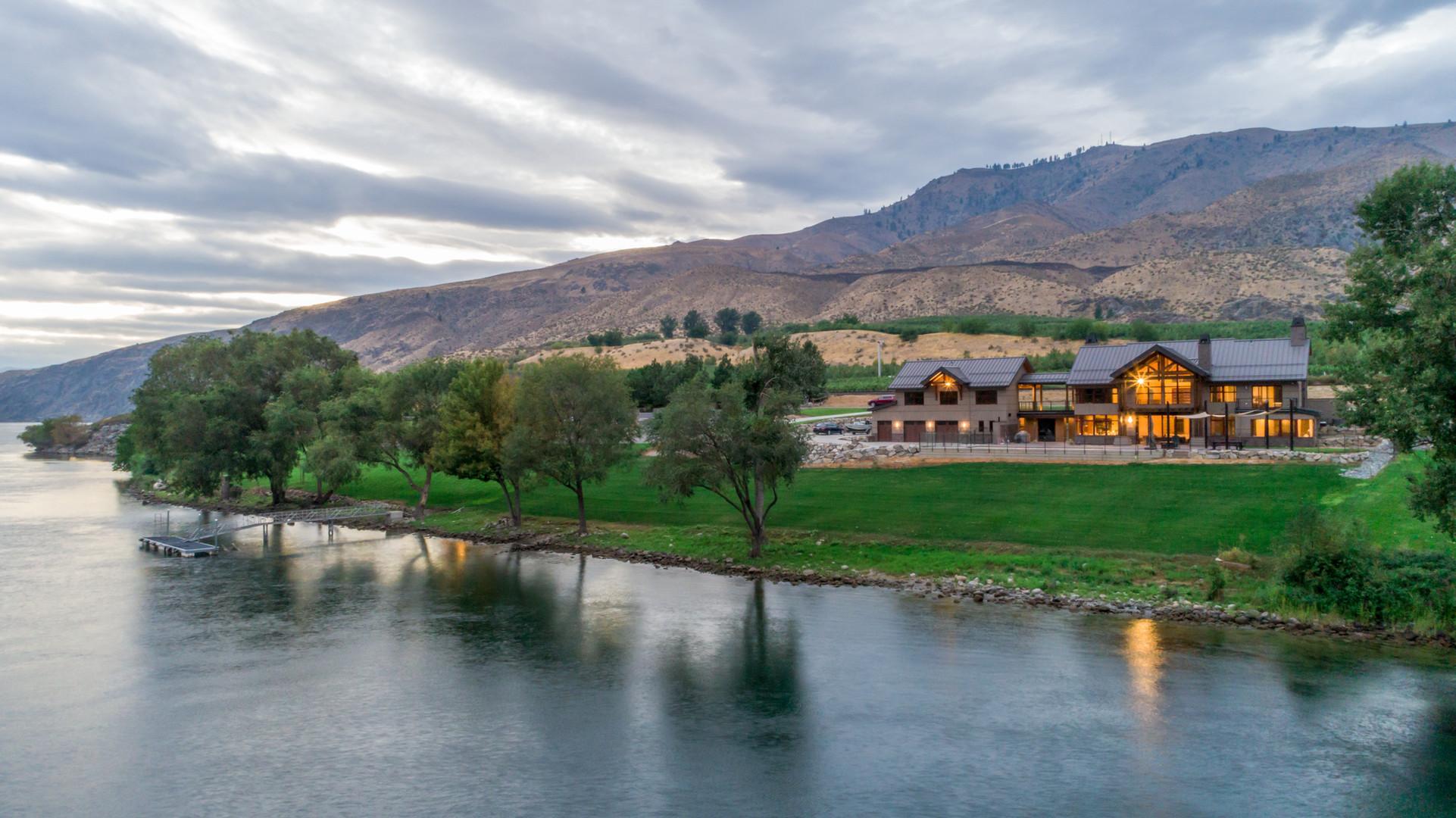 River House - Chelan, Washington - Columbia River