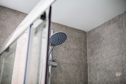 shower maritime apartments