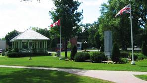 Beautiful Memorial Park Downtown Bracebridge