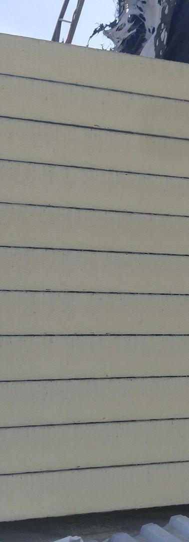 פנל מבודד פוליאוריטן מוקצף.jpg