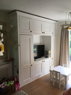 TV / Entertainment unit in mdf with Victorian style doors