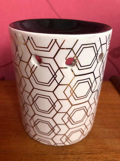 Geometric design Wax Burner with a pack of Soy Wax Melts