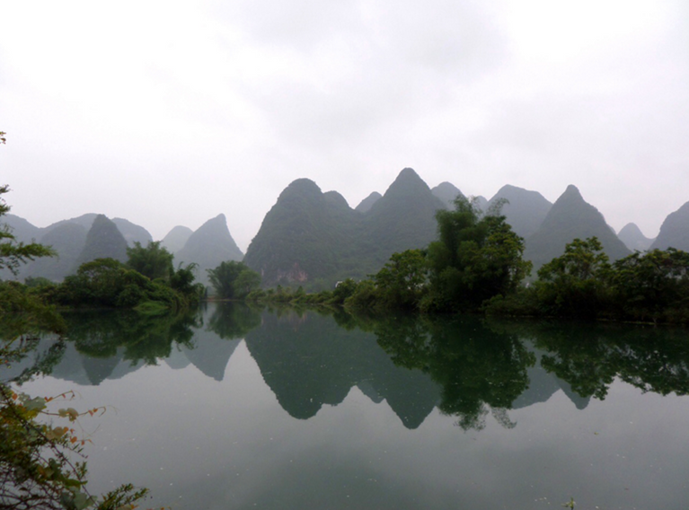 THE NATURAL BEAUTY OF YANGSHUO