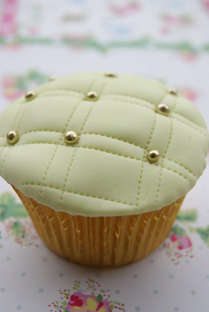 cupcakescapitonéwww.andreagorigoitia.com