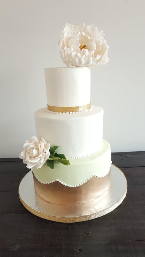 Torta Apliqué y Peonía