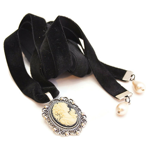 OOAK Victorian  Lady Cameo Velvet Ribbon Necklace
