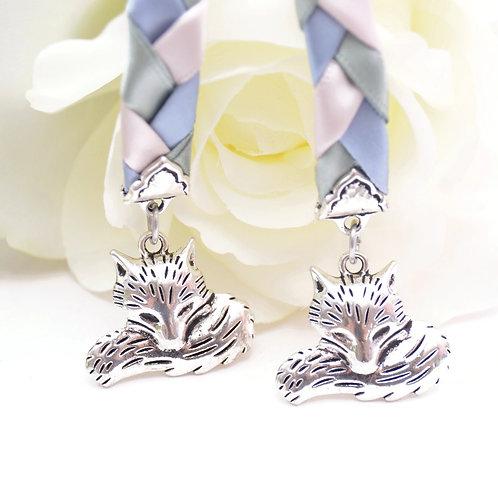 Silver Fox Wedding Handfasting Cord #Handfasting #DivinityBraid #Wedding