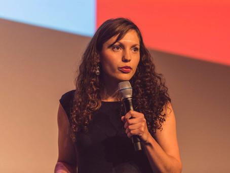 Comment j'ai vaincu ma peur de parler en public grâce aux workshops