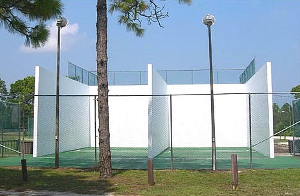 RACKETBALL COURTS