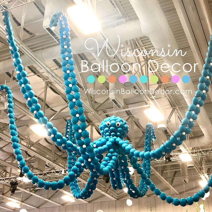 Wisconsin Balloon Decor