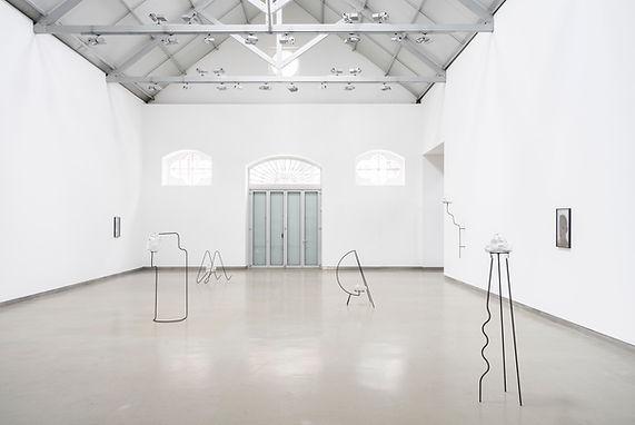 """""""Shell Game"""", Andreia Santana & Anna-Sophie Berger // Galeria Filomena Soares. Lisbon, 01.03.2021 > 01.05.2021"""