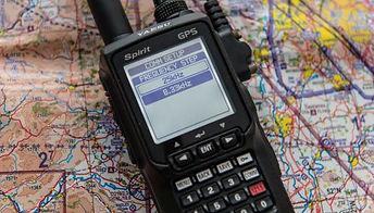 Yaesu.handheld.radio.3.jpg