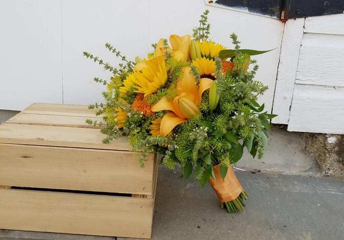 Roots bridal bouquet