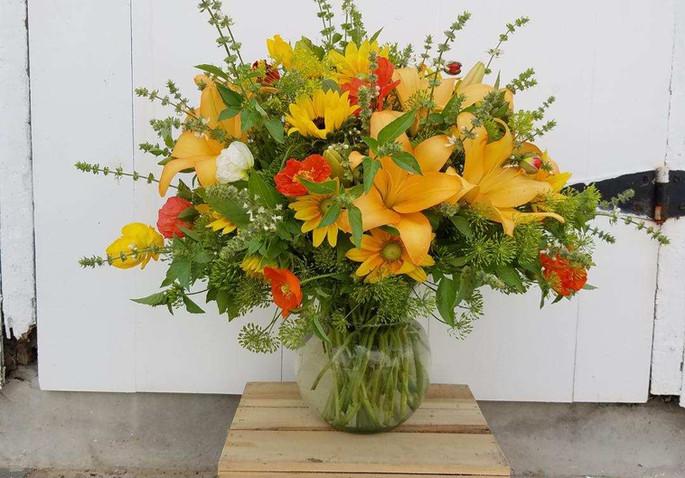 Roots large vase arrangement