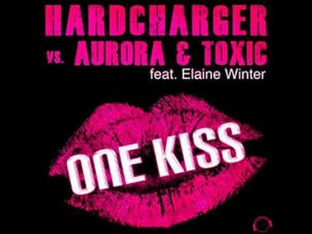 Hardcharger Vs Aurora And Toxic feat
