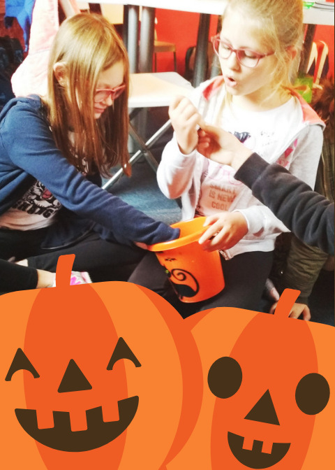 07-Dark Brown and Orange Pumpkin Carving