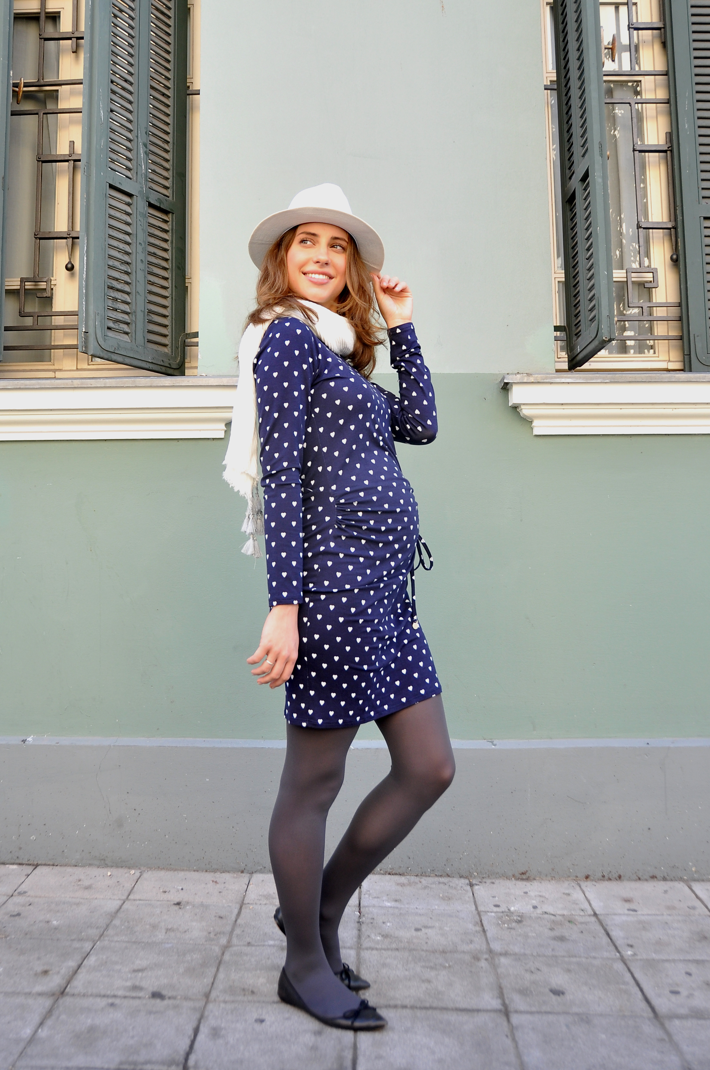 pregnant_and_chic-1.jpg