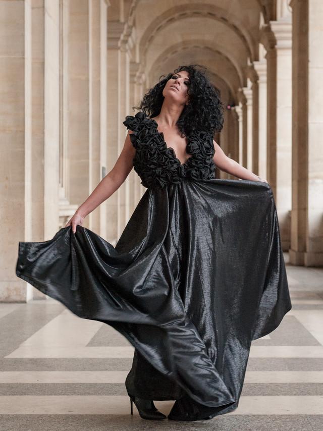 woman-robe-femme-fashion
