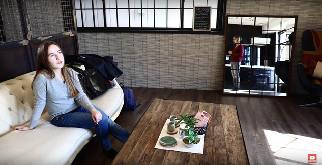 YouTuber「バイリンガールチカ」x Airbnb