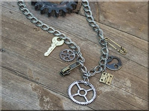 SALVAGE GEAR CHUNKY CHAIN NECKLACE