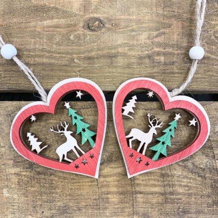 Hanging Festive Scene Wooden Heart