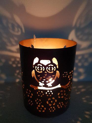 Iron tealight holder with owl design