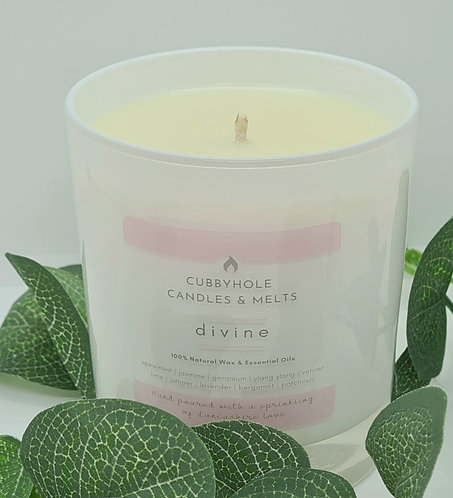 'DIVINE' Aromatherapy Soy Wax Candle - Wellbeing Collection 30cl