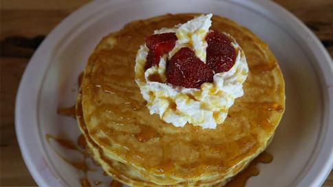 BSS-StrawberryPancakes.0W4A9235.WEB.jpg