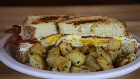 BSS-BreakfastSandwiches.0W4A9337.WEB.jpg