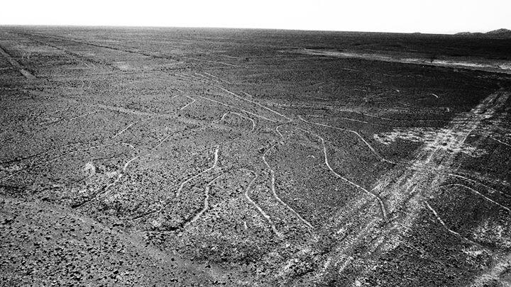 Nazca lines - 4000 Jahre alte Linien - warum die wohl gemacht worden sind_