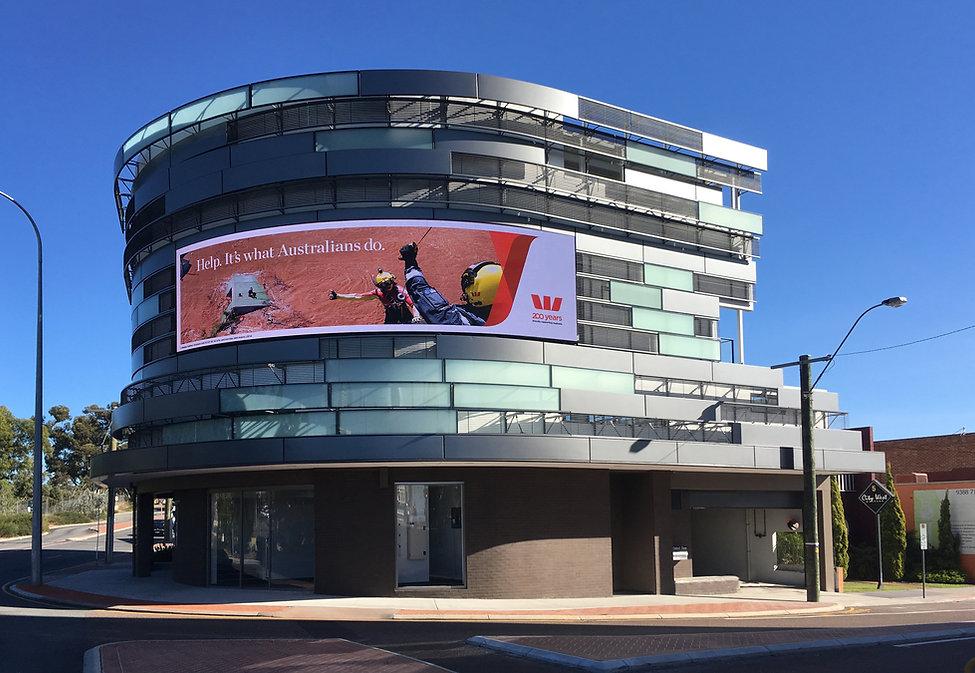 Digital-billboard-commercial-architect-S