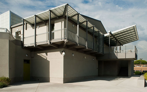 middle school architecture with social gathering stair