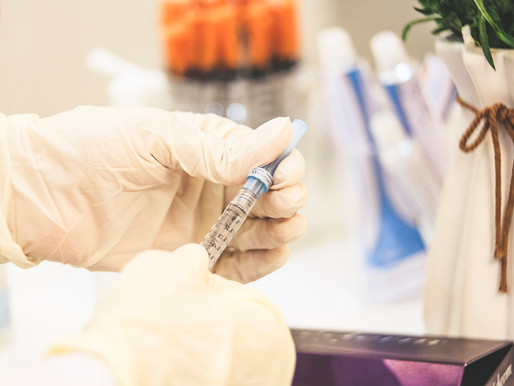 The Rise of Vaccines: Is It the End for Glove Manufacturing?
