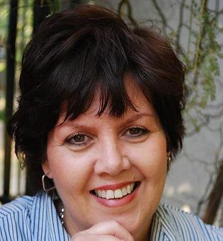 Illumineer Media & Design Client   Laura Kirsten