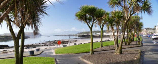 Millport prom - copyright CP Kelly