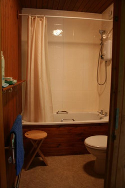 Bathroom - Arran