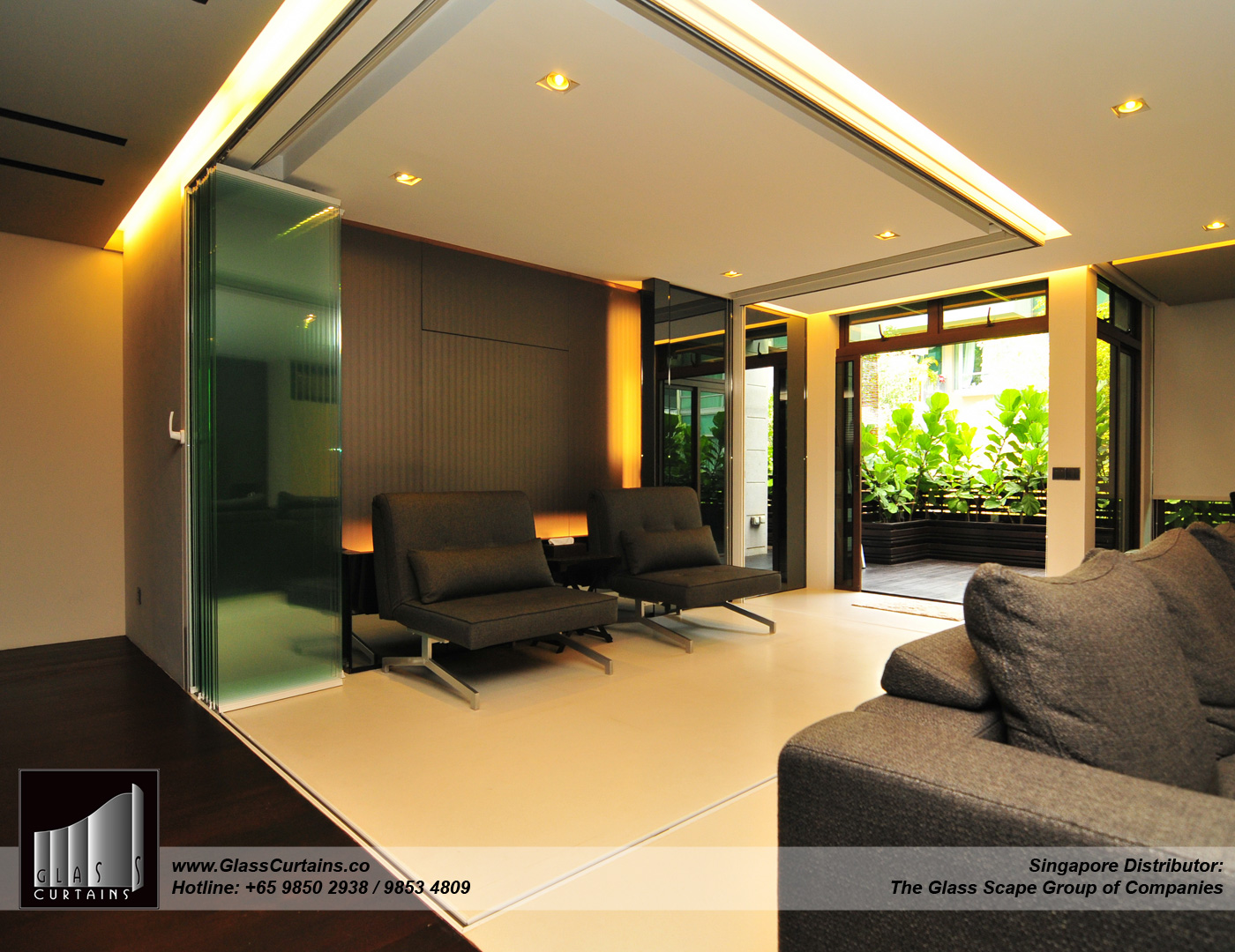 Glass Curtains® fully opened