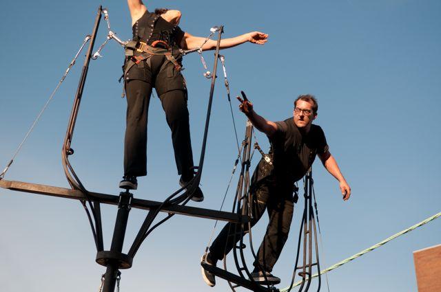 Flying Machine - 1st Alley Aerial Fe