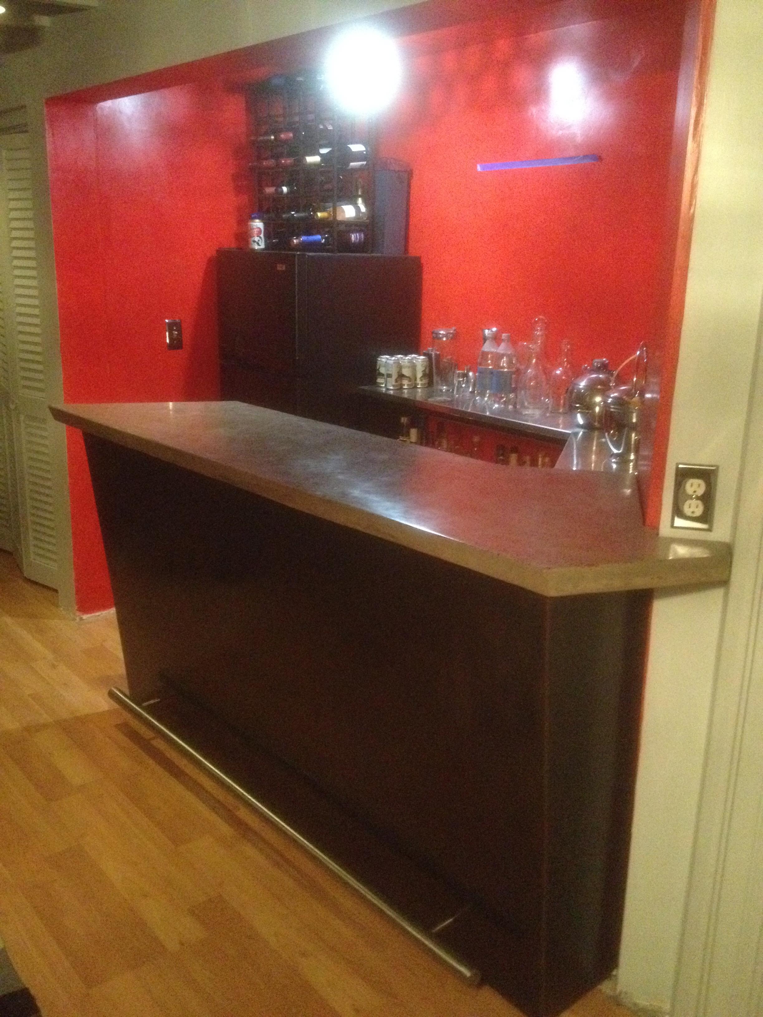 Steel Base Bar w/ Concrete Top