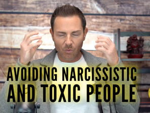 How to avoid TOXIC PEOPLE and how to deal with a narcissist 😤🤯
