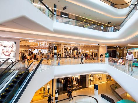 Compradores en México regresan a los centros comerciales y compran más de lo habitual