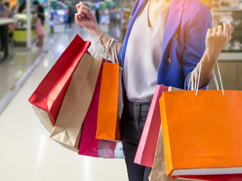 Mexicanos vuelven al 'shopping' y acuden a centros comerciales