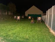 Schießstand bei Nacht