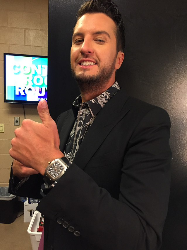 Backstage with Luke Bryan