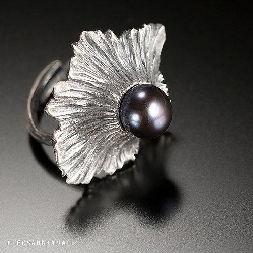 De'Solanum Ring