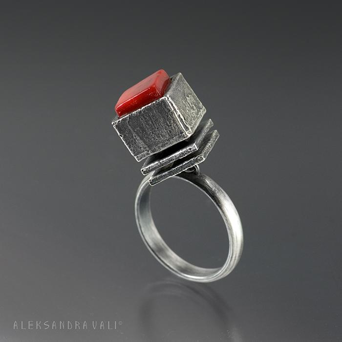 JR36.....Juicy Cubeberry Ring.....