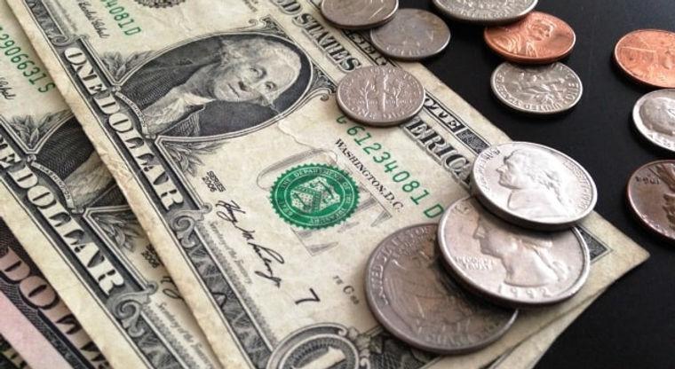 ボストンのチップについてページ用画像-米ドル