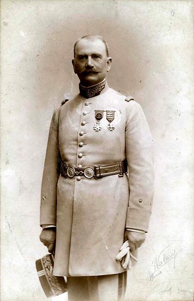 Domaine HENRI REBOURSEAU, photo du général Rebourseau