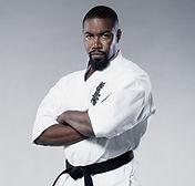 Michael Jai White, einer der berühmtesten Schauspieler im Kyokushin Karate